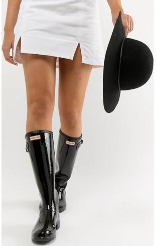 Stivali da pioggia con minigonna